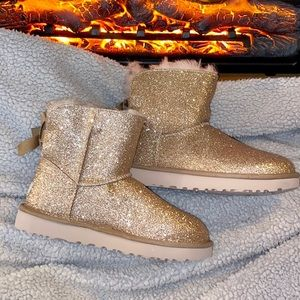 Gold sparkle Bailey bow ugg boots